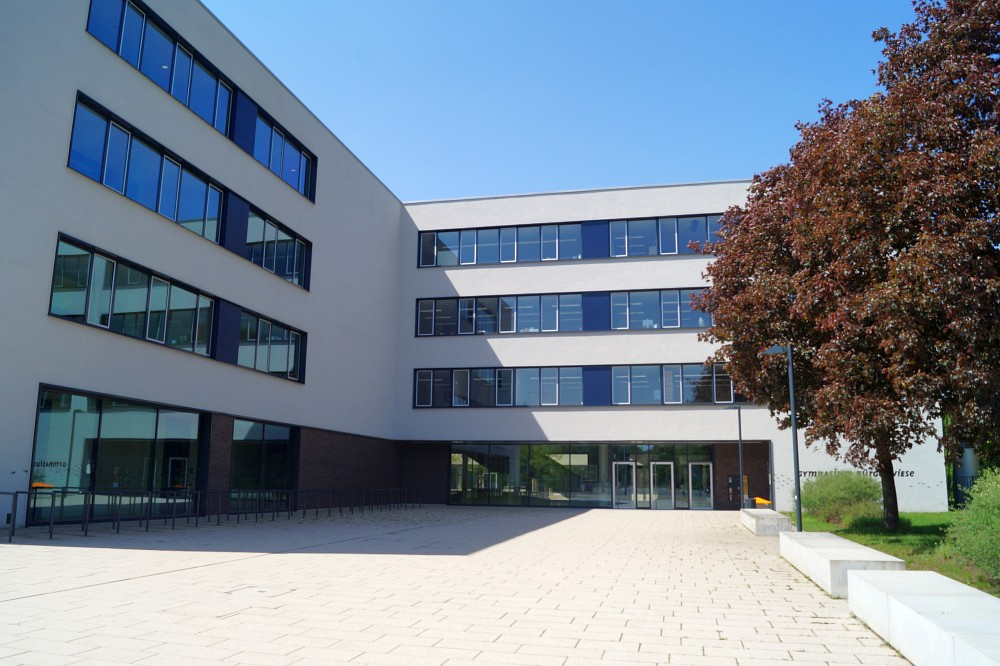 gymnasium-buergerwiese-2
